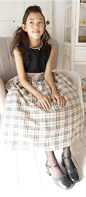 タータンチェックが上品な英国風ドレス